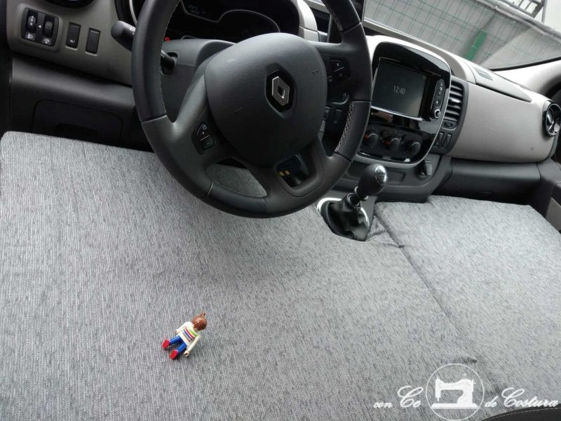 Colchón delantero infantil para Renault Trafic y Opel Vivaro